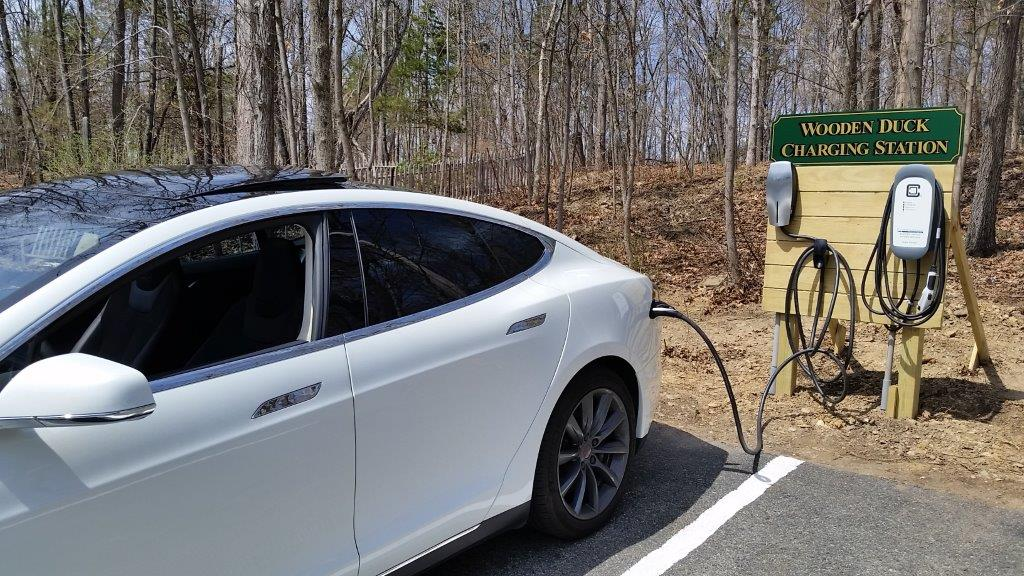 Tesla Charging at the Wooden Duck Bed and Breakfast